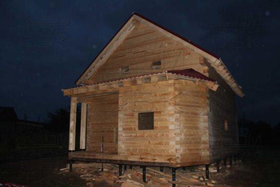 Дом 10 х 7 м с эркером «Чернопенье»