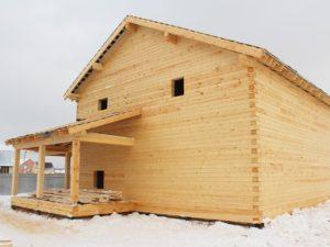 Дом 10 х 10 м из профилированного бруса 195х145 с навесом под машину г. Раменское (mini)