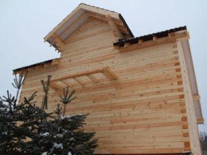 Дом 8,5 х 9 м с балконом из профилированного бруса г. Таруса (Калужская обл (мини)