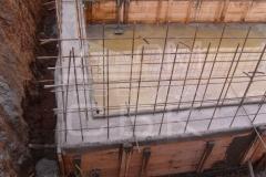 monolitnyj-plitno-lentochnyj-fundament-dlja-derevjannogo-doma-iz-brusa-12