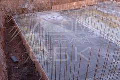 monolitnyj-plitno-lentochnyj-fundament-dlja-derevjannogo-doma-iz-brusa-2