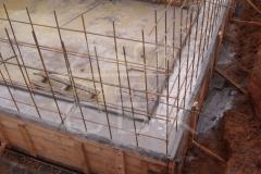 monolitnyj-plitno-lentochnyj-fundament-dlja-derevjannogo-doma-iz-brusa-8