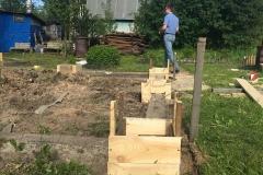 Столбчатый фундамент-под недорогой дачный-дом из бруса 4 на 4 - 2
