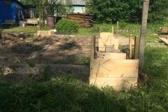 Столбчатый фундамент-под недорогой дачный-дом из бруса 4 на 4 - 5