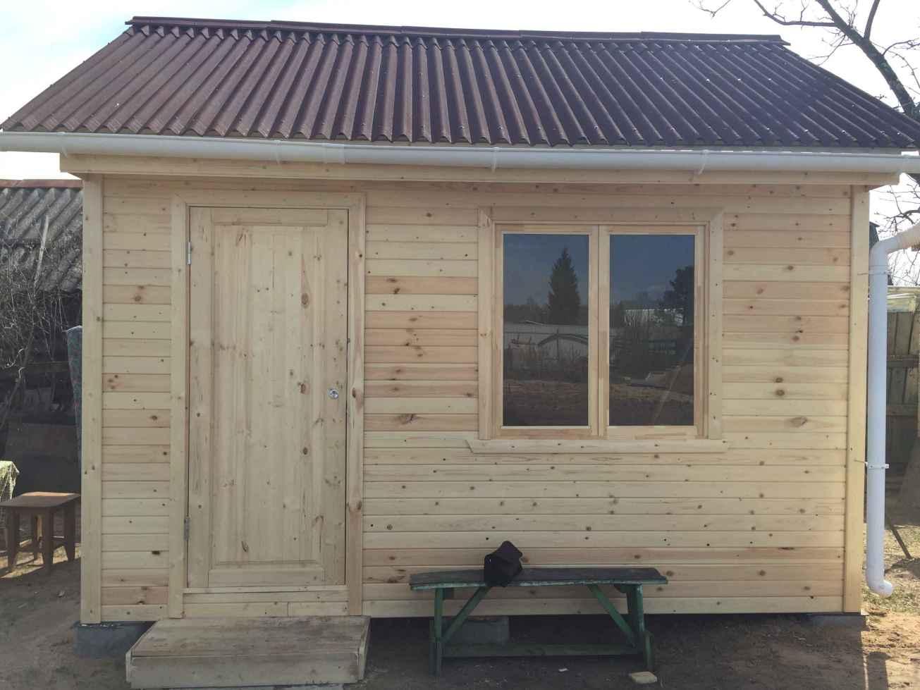 Деревянный садовый домик на дачу