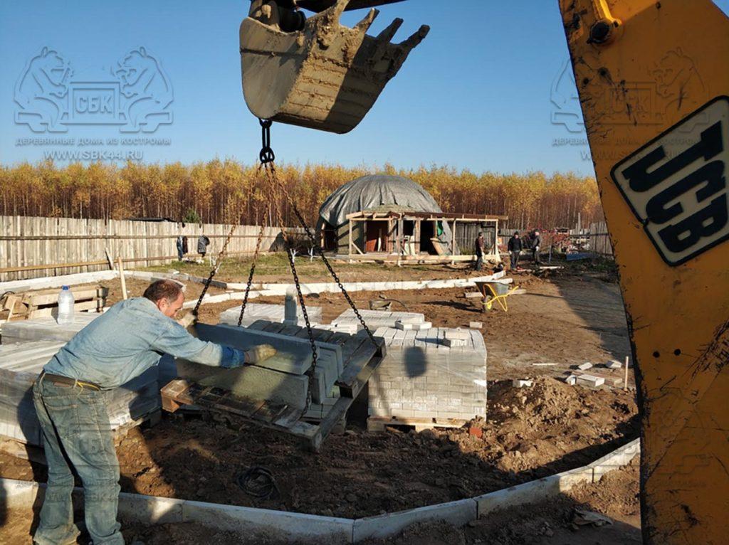 Благоустройство участка у купольного дома Добросфера z - 8 в Костроме (фото 12)