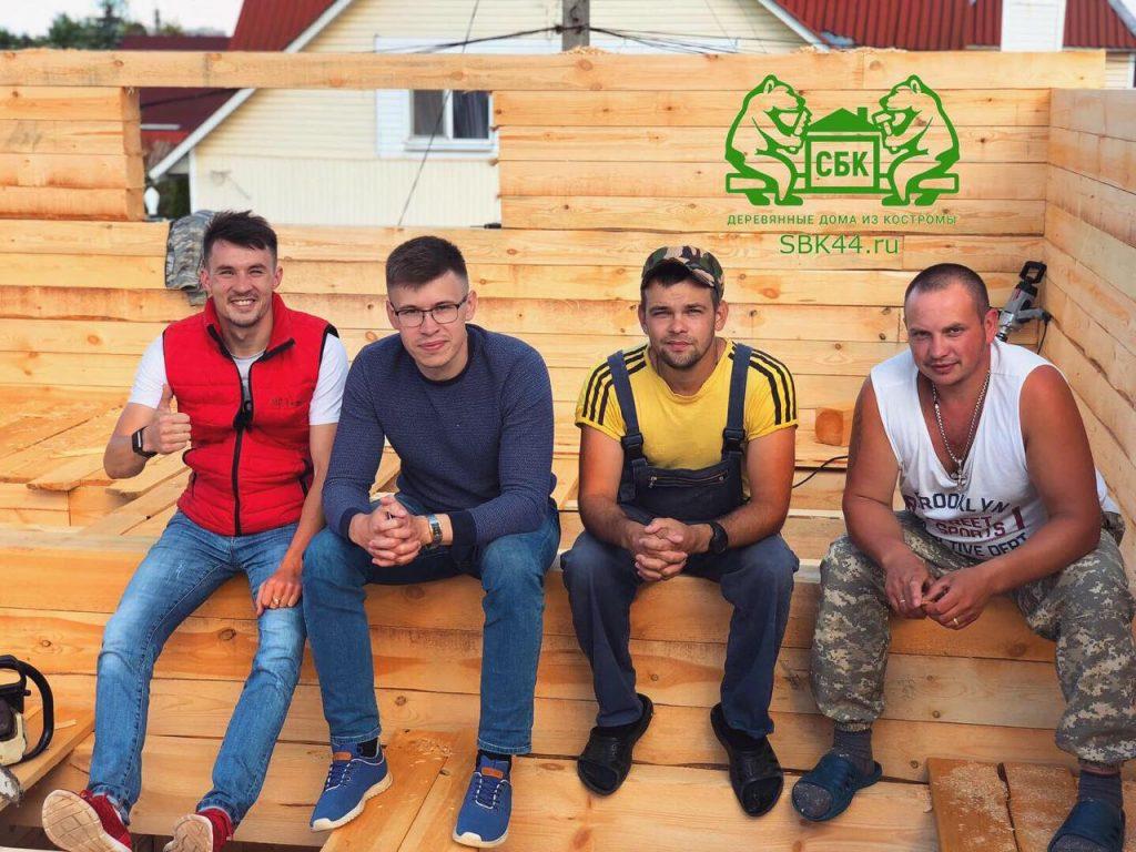 Опытные русские бригады Костромских плотников компании СБК 44 Кострома (1)